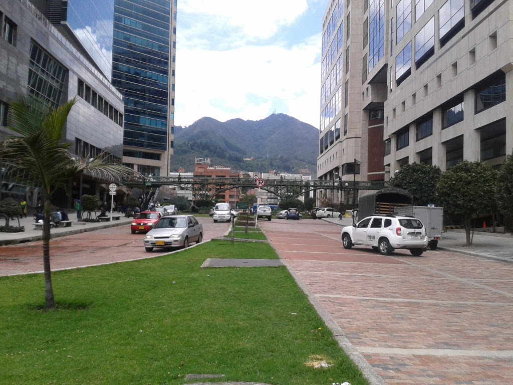 Real Estate investment opportunity Bogotá Colombia